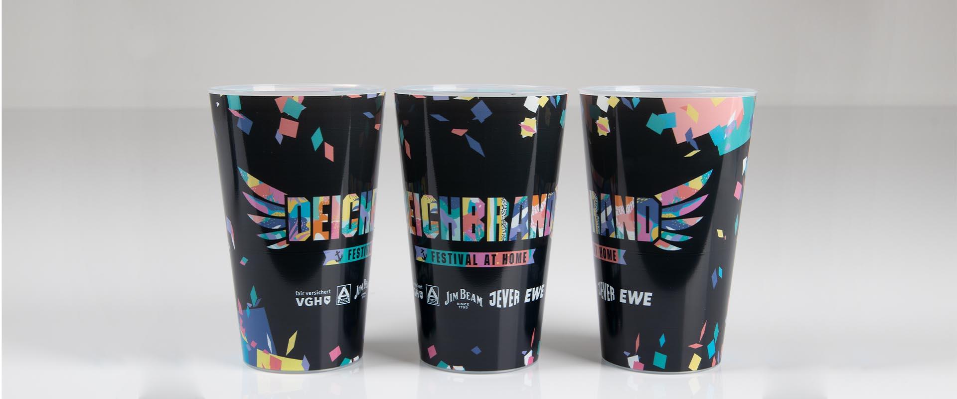 Festivalbecher bei cupstorys.com bedrucken lassen
